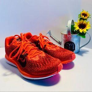 Brand new!!  Men's Nike Zoom Winflo-5 size 9